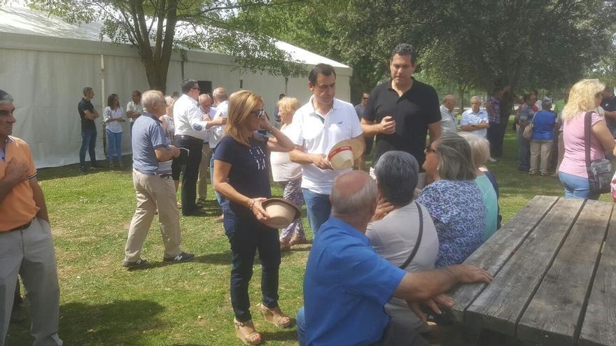 Rajoy participará en 25 actos durante las campañas en Galicia y País Vasco
