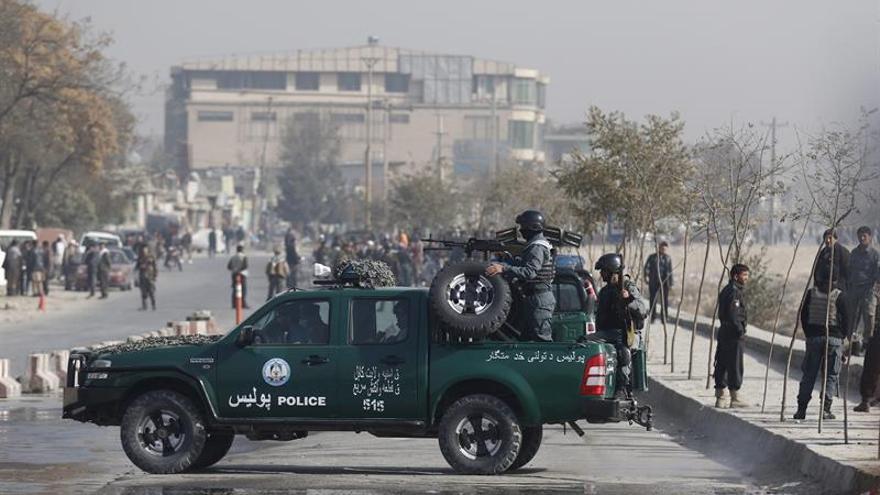 Se elevan a 27 los muertos y 35 los heridos en atentado en Kabul