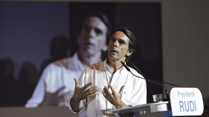 """Aznar insta al PP a superar """"las tentaciones del desánimo y el desistimiento"""""""