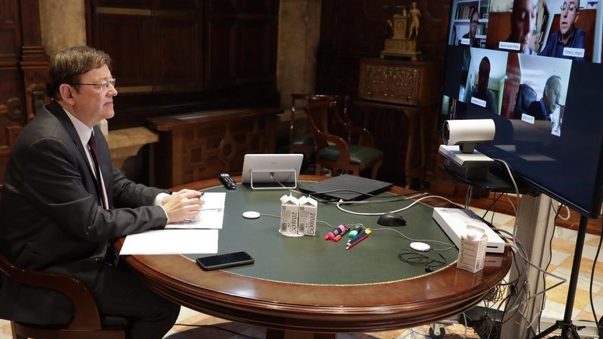 Un momento de la reunión de Ximo Puig con los agentes sociales por videoconferencia.