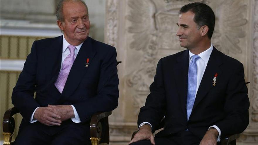El Rey, Rubalcaba, Guerra, Botella, Méndez, Torres Dulce...un 2014 de renuncias