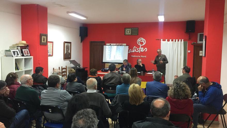 La sede socialista durante el debate