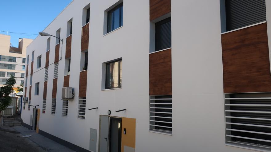 Rehabilitación integral de viviendas en el barrio del Aeropuerto de Madrid.