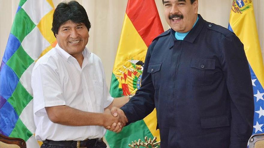 Morales dice que él y Maduro se sienten solos en la región