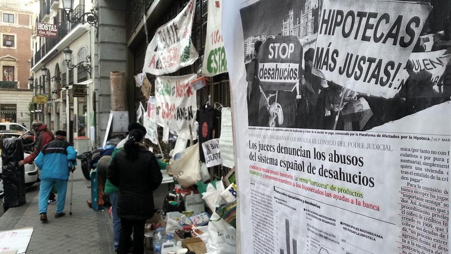 Pza.Celenque - Protesta Bankia Acampada PAH Periódico