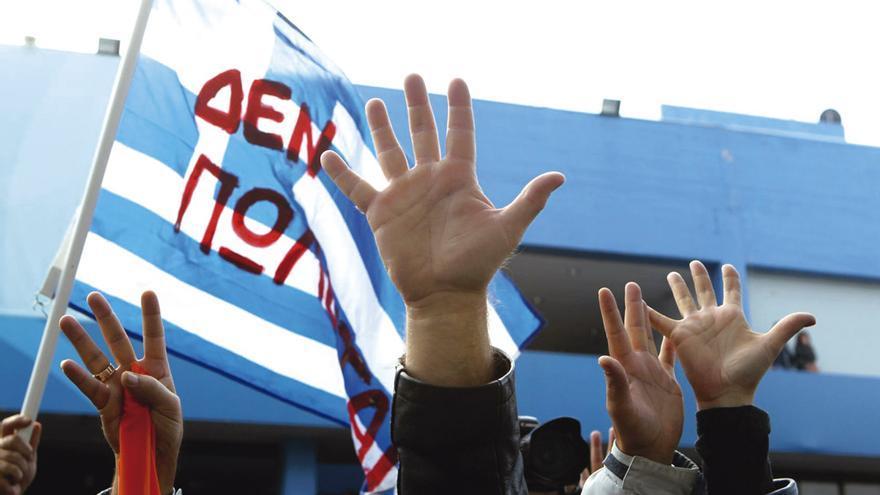 Protesta contra los recortes en Salónica. Foto: VASILIS VERVERIDIS.
