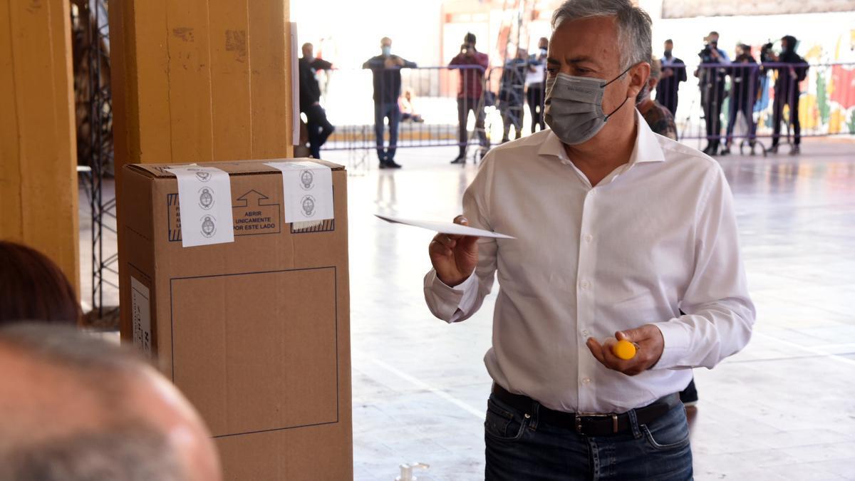 El radical Alfredo Cornejo, el gran ganador de los comicios en Mendoza