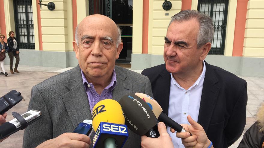 Los candidatos del PSRM-PSOE a la alcaldía de Murcia y a la Presidencia de la Región, Gras y González Tovar / MJA