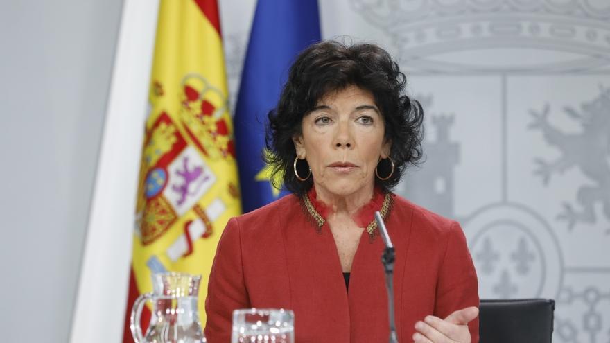 Celaá pone en valor que el Gobierno ha desbloqueado la relación con la Generalitat y reafirma su respeto a la euroorden