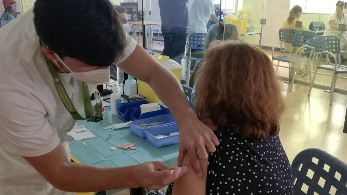 Vacunación contra la COVID en Canarias