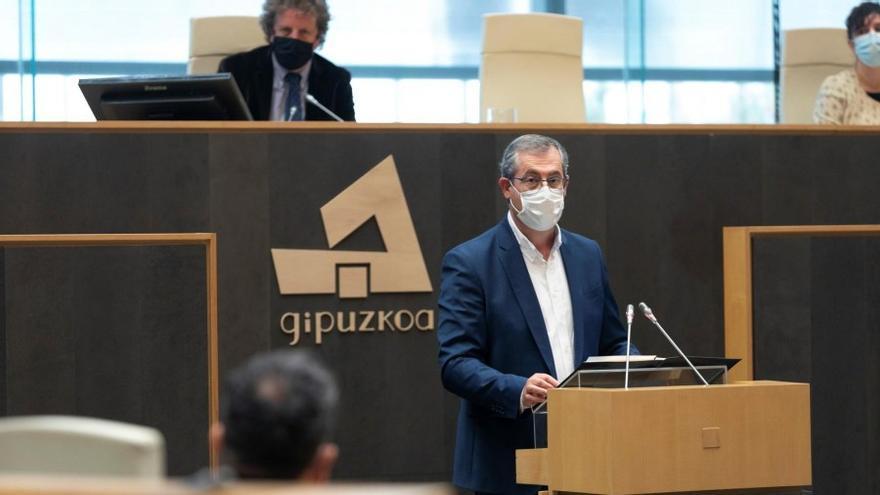 """La Diputación se reúne con los alcaldes de Gipuzkoa para abordar la situación """"antes de que se vaya de las manos"""""""