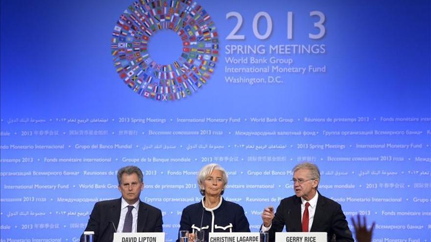 """La directora gerente del FMI , el """"número dos"""" del organismo y el portavoz del FMI. EFE"""