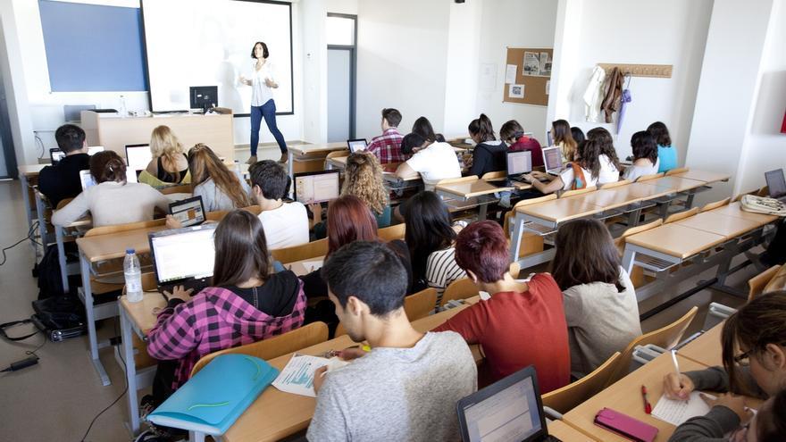La UCA irrumpe por primera vez entre las mejores universidades del mundo, según Times Higher Education