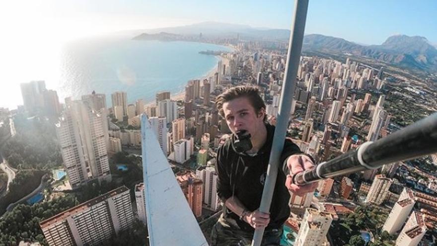 Imagen tomada por el 'idiota profesional' en lo alto de la Torre Lúgano de Benidorm