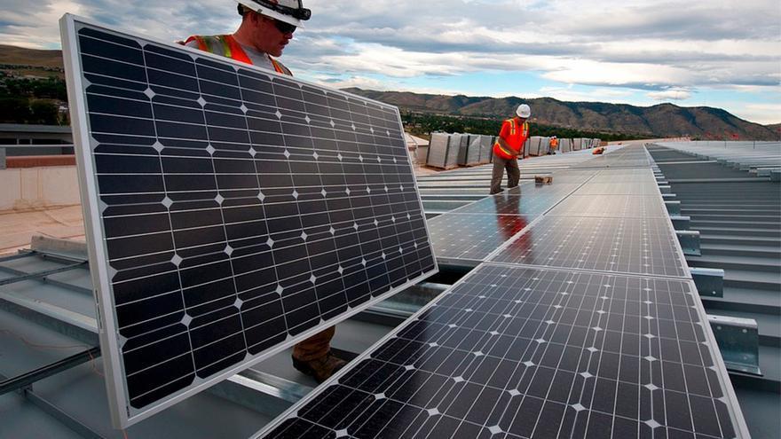 Instalación de placas solares | PIXABAY