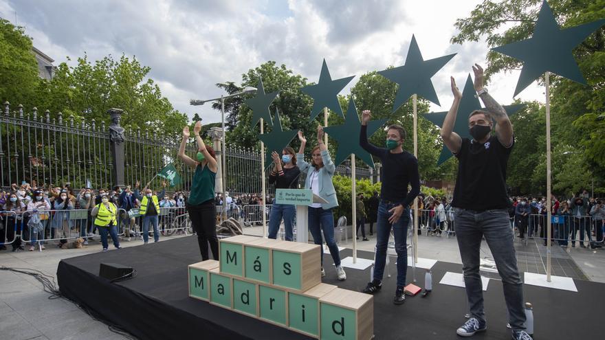 Imagen de archivo del acto de cierre de campaña de Más Madrid en la Cuesta de Moyano.