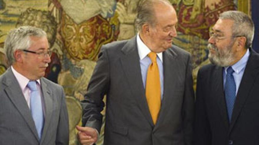 Toxo, Juan Carlos y Méndez, este martes. (REUTERS)