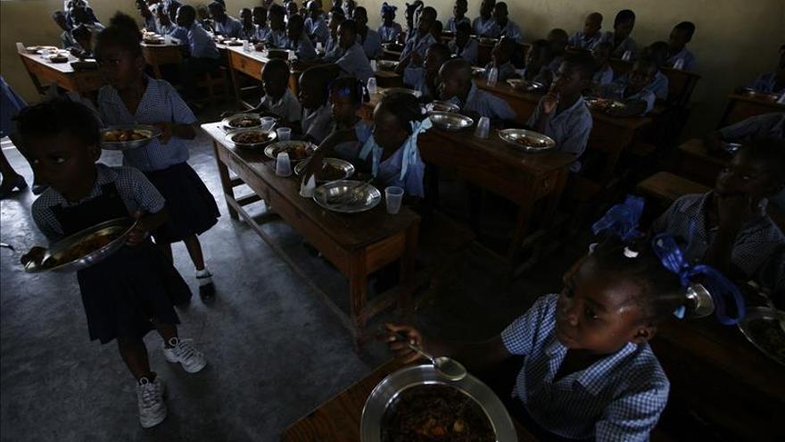 El BID presta a Surinam 20 millones de dólares para mejorar sistema educativo