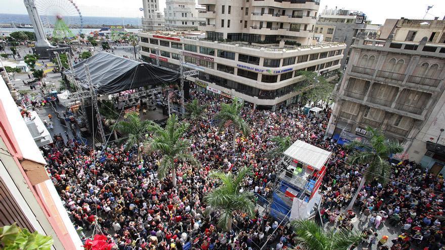 Imagen de la plaza de la Candelaria en una de las últimas ediciones del Carnaval de día.