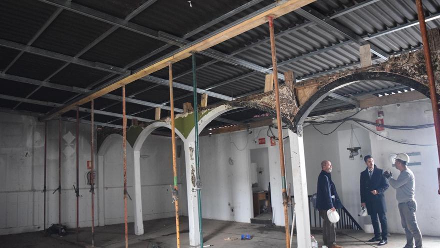 El Ayuntamiento de La Laguna concluye la instalación de la cubierta del Ateneo