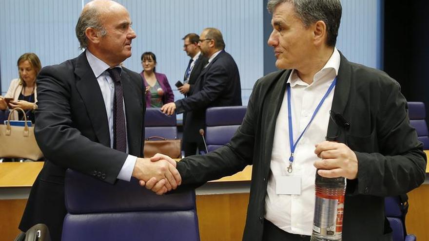 España podría vetar el pago a Grecia si no da inmunidad a un funcionario español
