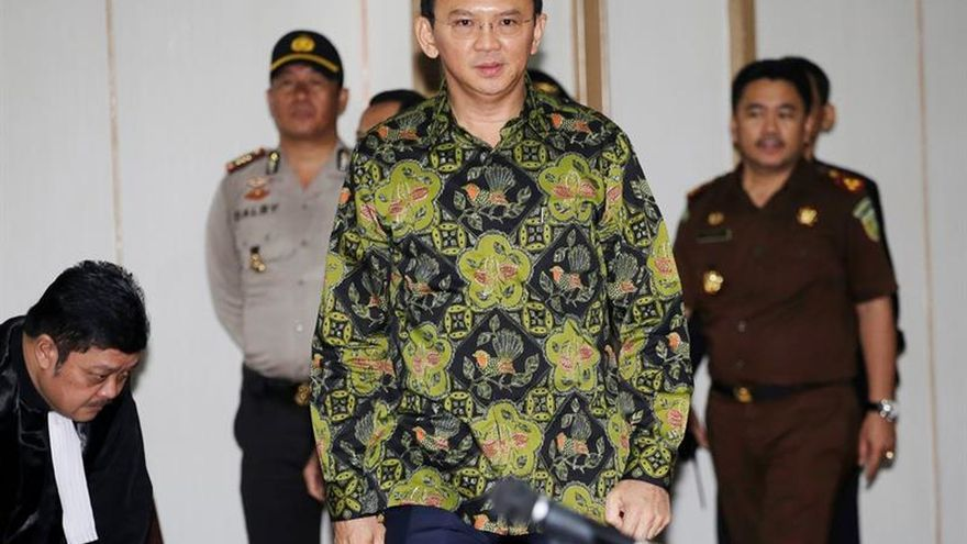 El juicio por blasfemia del gobernador de Yakarta queda visto para sentencia