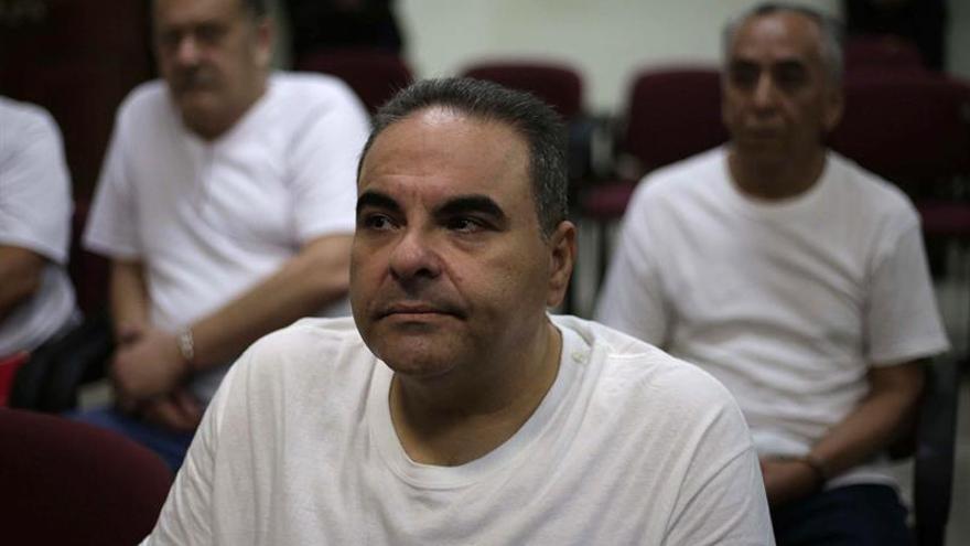 El expresidente salvadoreño Saca es enviado a juicio por una millonaria malversación