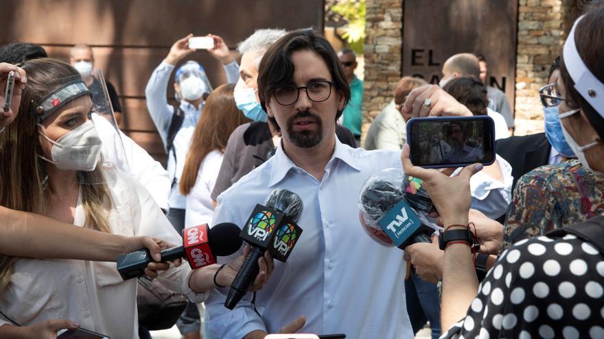 La oposición venezolana niega la acusación sobre el uso de fondos públicos