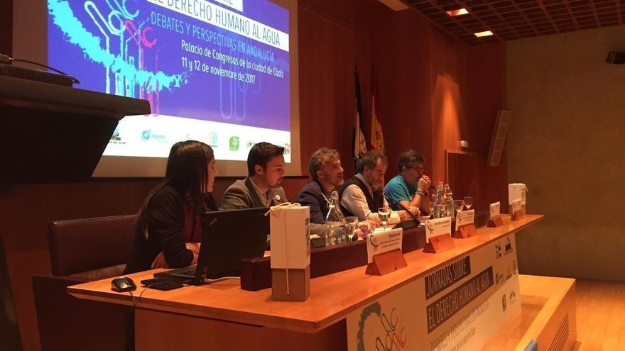 La Consejería trabaja en la modificación del Reglamento de Suministro Domiciliario de Agua