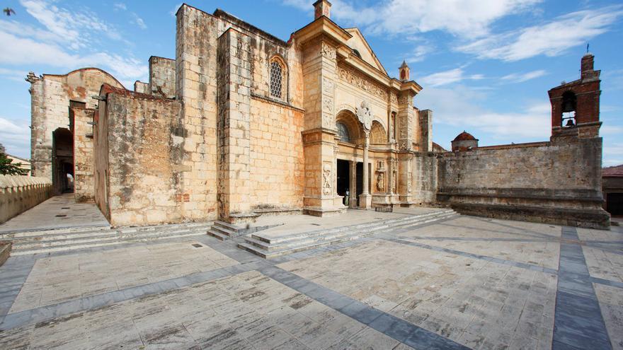 Fachada de la Catedral Primada de América, en Santo Domingo. TURISMO REP. DOM.