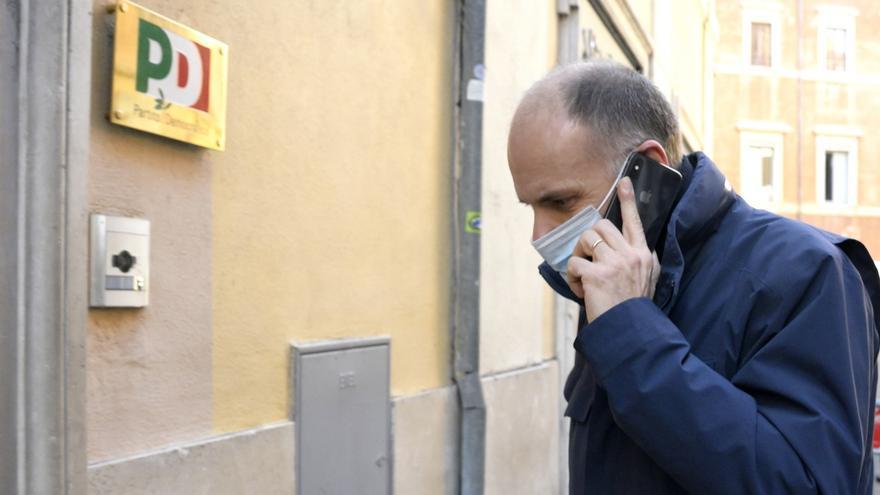 El PD italiano vuelve a ser el primer partido en las encuestas tras 4 años