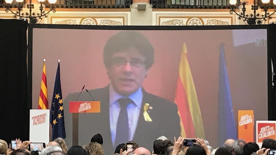 """Puigdemont acusa al Gobierno de querer encarcelar el soberanismo como """"idea criminal"""""""