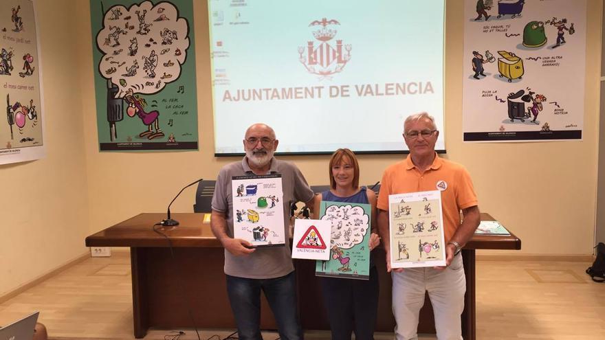 El humorista Ortifus, la concejala Pilar Soriano y el acalde Joan Ribó