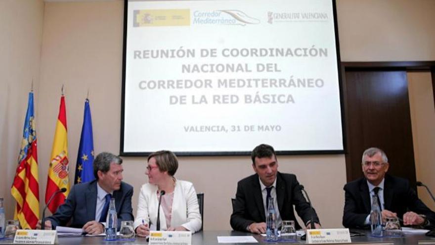 Un momento de la reunión de la jornada sobre el Corredor Mediterráneo