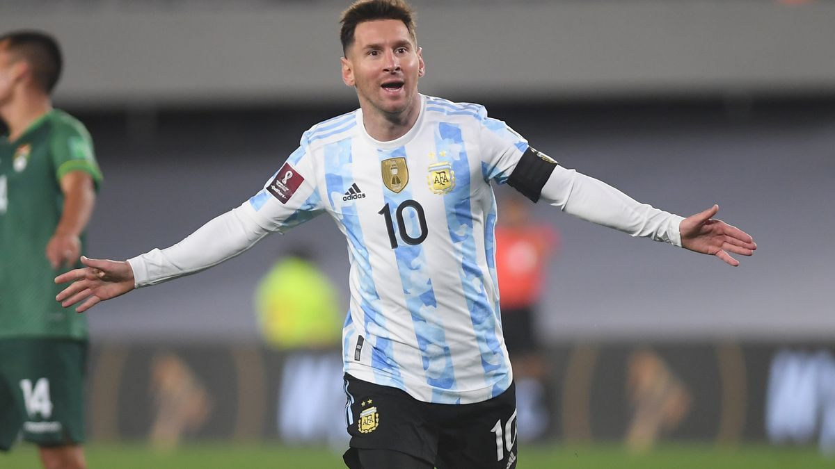 Lionel Andrés Messi, tres goles y toda su magia.