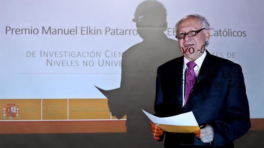 Patarroyo anuncia que este año entregará una vacuna perfeccionada contra la malaria