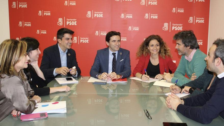 El PSOE propone varias medidas para impulsar la actividad económica y el empleo en Santander