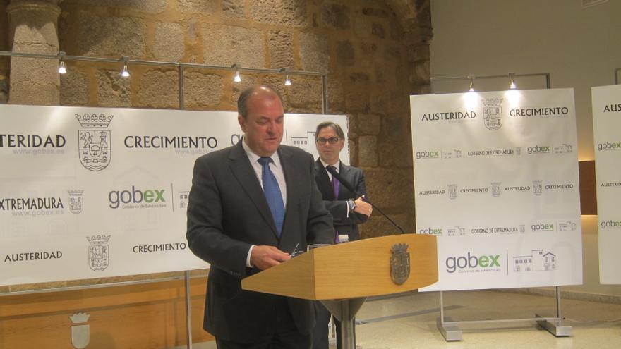 El Gobierno extremeño pagará 18 millones a ayuntamientos y diputaciones de deuda por el IBI de edificios públicos