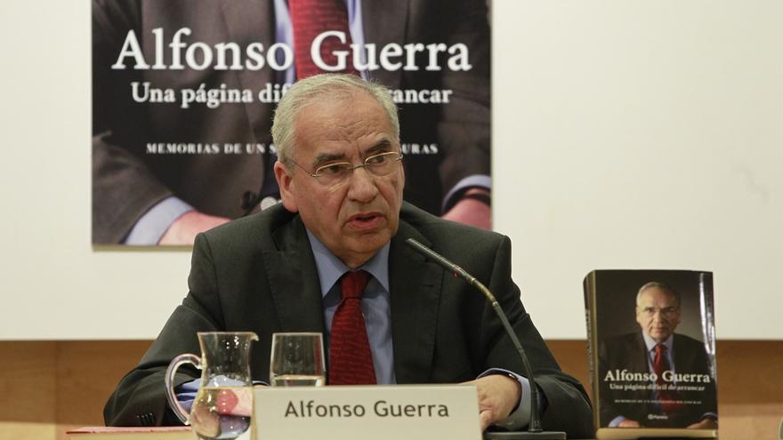 Alfonso Guerra será homenajeado el lunes por personalidades de distintos ámbitos que reconocerán su papel en España