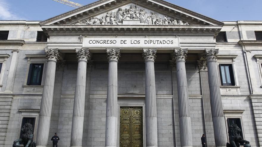 Sólo dos diputados del PSOE en la anterior legislatura cobrarán la indemnización de 2.813 euros al mes
