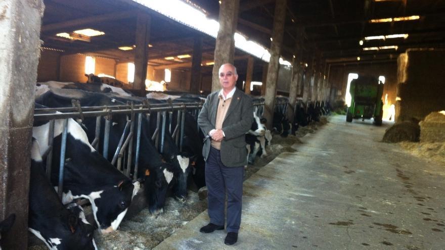 """C's defiende un """"precio justo"""" para la leche y el apoyo a los productores"""