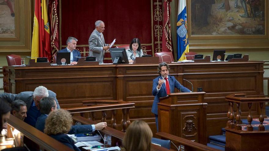 El portavoz parlamentario del PSOE en Comercio y Consumo, Gustavo Matos.