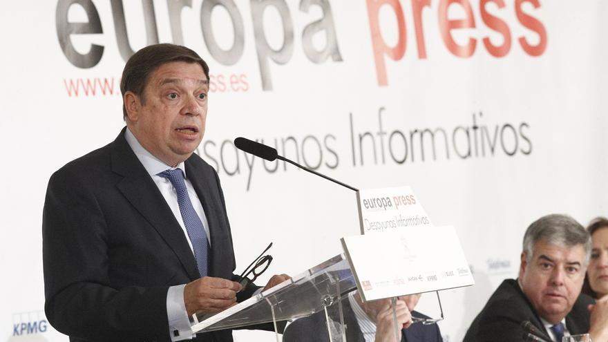Luis Planas, cabeza de lista del PSOE al Congreso por Córdoba seguido de María Jesús Serrano y Antonio Hurtado