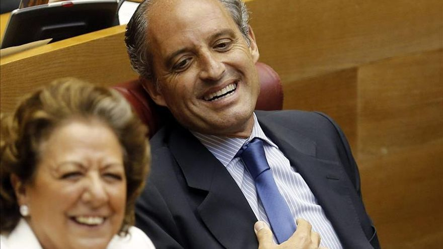 Rita Barberá y Francisco Camps, en las Corts Valencianes.