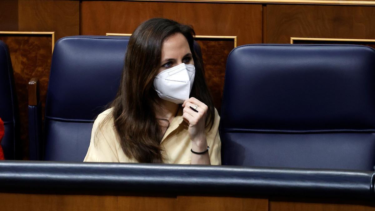 La ministra de Derechos Sociales, Ione Belarra, este miércoles en el Congreso de los Diputados. EFE/ Chema Moya