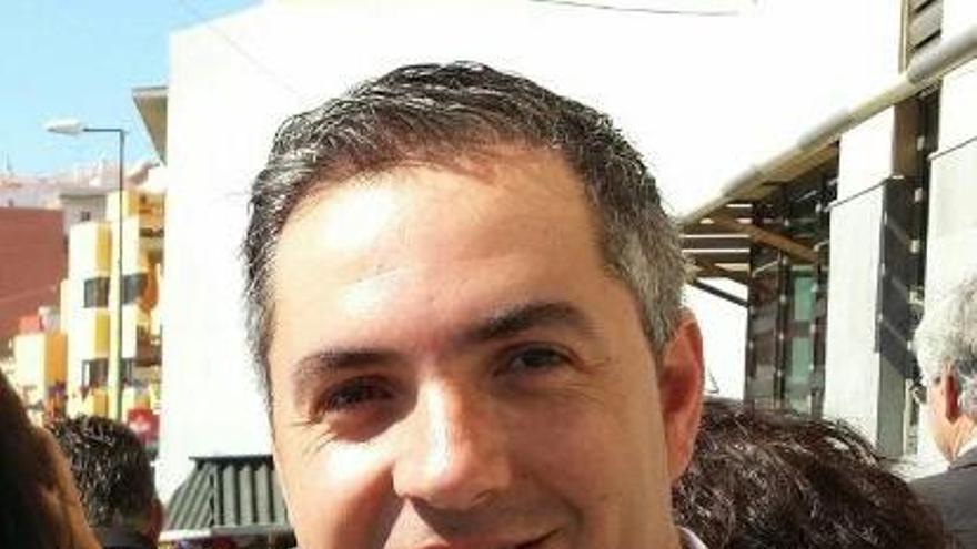 El candidato socialista a la Alcaldía de El Rosario, José Antonio Estévez.