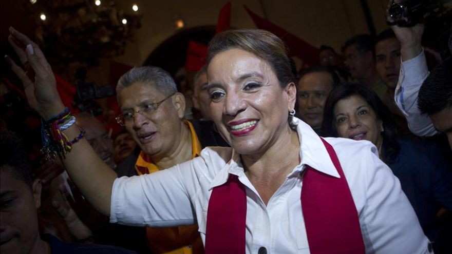 El candidato oficialista sigue encabezando el recuento en Honduras