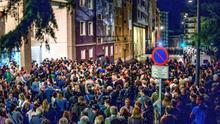 Vecinos de Santurce exigen desalojar 'okupas' ante gran despliegue policial