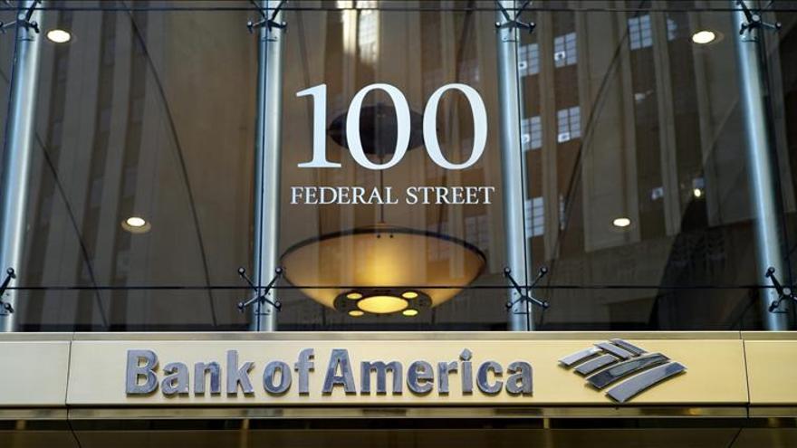 La fiscalía de Nueva York anuncia demandas contra Bank of America y Well Fargo
