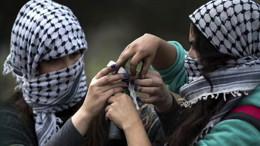 Detienen a mujer palestina en un supuesto intento de apuñalamiento